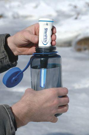 Steripen-water-purifier-3